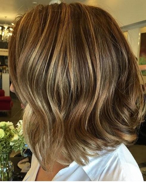 Mane Interest Short Hair With Caramel Brunette Highlights